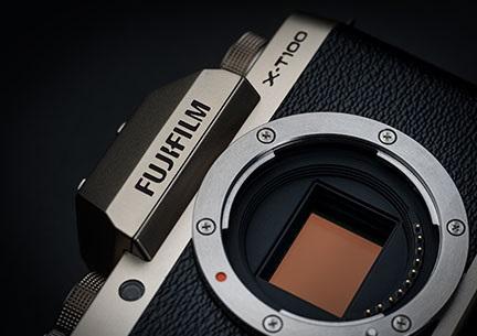 Fuji-X-T100-senzor-fotojama-cena-zaloga.jpg